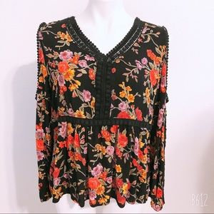 BILA FLORAL COLD SHOULDER TOP L BLACK PINK PURPLE